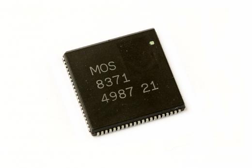 MOS 8371 (FAT AGNUS) Chip