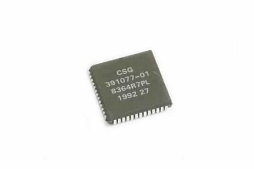 MOS 8364R7PL / CSG 391077-01 (PAULA) Chip