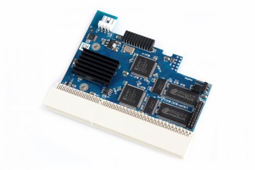 ACA1221lc 68ec020/26Mhz 16 MB Turbokarte