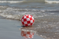 Official AmigaOS beach-boingball